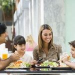 Giovani e alimentazione: se a decidere non sono i genitori