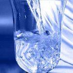 In Italia l'acqua costa meno che in Europa, ma la rete idrica non funziona