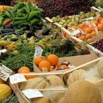 Frutta e verdura, prezzi alle stelle, per lo sciopero dei tir. Ma in molti speculano