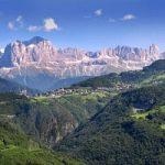 Vacanze invernali, il fascino intramontabile delle Dolomiti