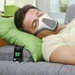 Eco-invenzioni, una maschera che ricarica il cellulare con il respiro