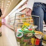 Alimentazione: cibi confezionati? Gli imballaggi di plastica fanno male