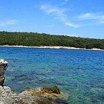 Mare in Istria, l'azzurro della costa tra spiagge e isolotti