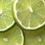 Centrifugato di mela, limone e lime