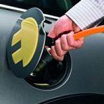 Auto elettrica: in Italia 125 mila colonnine per la ricarica, entro il 2020