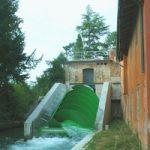 Energia pulita: l'impianto idroelettrico che sfrutta i piccoli salti d'acqua