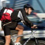 Le tre regole d'oro per andare in bici in citta'