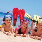 Bambini al mare: le regole per un bagno in sicurezza. Il video
