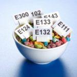 Gli additivi alimentari aumentano il rischio di tumore?