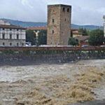Allarme maltempo a Firenze: crolla una scuola a Cerreto Guidi