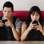 WhatsApp, meno privacy: arrivano le notifiche di lettura.