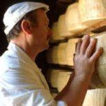 Nonostante la crisi gli italiani non rinunciano al Parmigiano