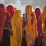 India: contadini in piazza contro povertà e ogm dopo 7000 suicidi