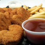 Pepite di pollo del fast food: i bimbi le amano ma teniamoli alla larga
