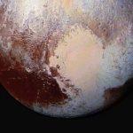 Plutone multicolor: superficie eterogenea