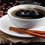 Mettete la cannella nel caffè al posto dello zucchero