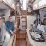 Questa coppia ha lasciato l'appartamento e vive felice su una barca spendendo pochissimo