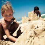 Le 134 spiagge a misura di bambino consigliate dai pediatri