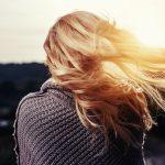 Natura per i capelli: dalla menta al miele