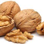 Un pugno di noci al giorno contro le malattie del cuore