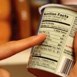 La spesa è più sicura se sai leggere le etichette: ecco cosa devi sapere