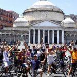 Napoli bike festival: tutti in bici con la bombetta di Totò per l'inaugurazione