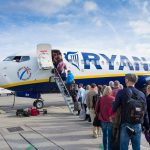 Viaggi: Ryanair taglierà costo dei bagagli dal primo novembre