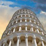 Non mollare, come non molla la Torre di Pisa