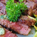 Diminuire il consumo di carne per aiutare il pianeta