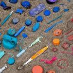 Quali sono i rifiuti di plastica maggiormente presenti sulle nostre spiagge?